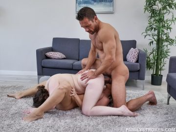 Anna Blaze and Emily Addison getting fucked at the same time